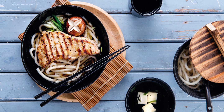 อุด้งหมูคูโรบูตะพริกไทยดำย่าง