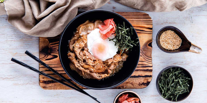 ข้าวหมูคูโรบูตะอบแบบญี่ปุ่น